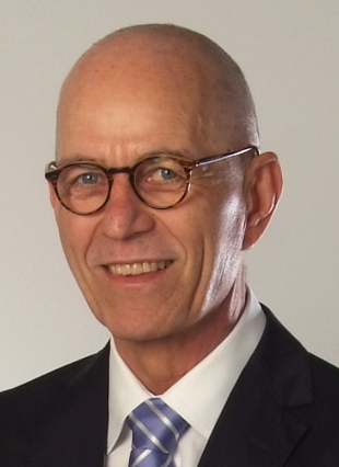Dr. Andreas Quiring